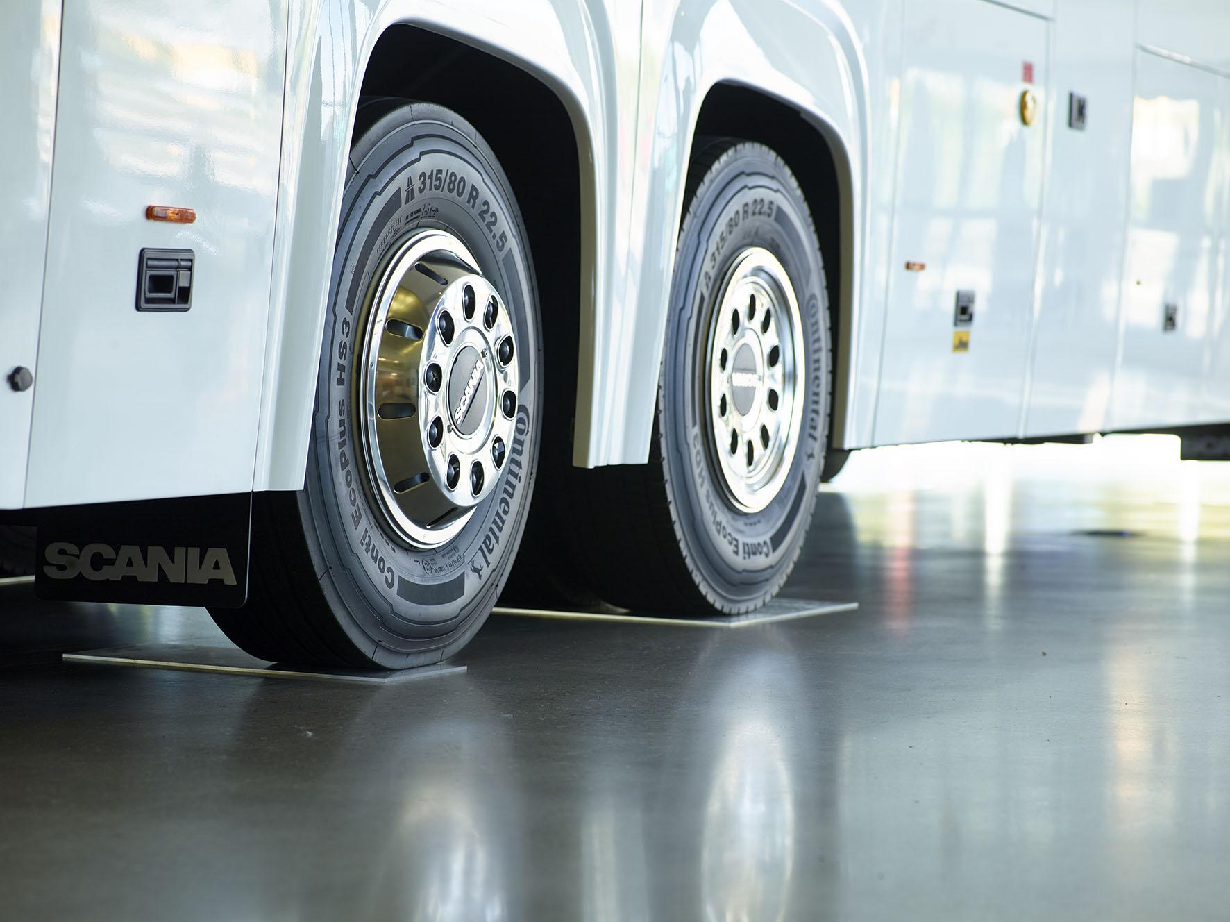hjul-på-en-buss