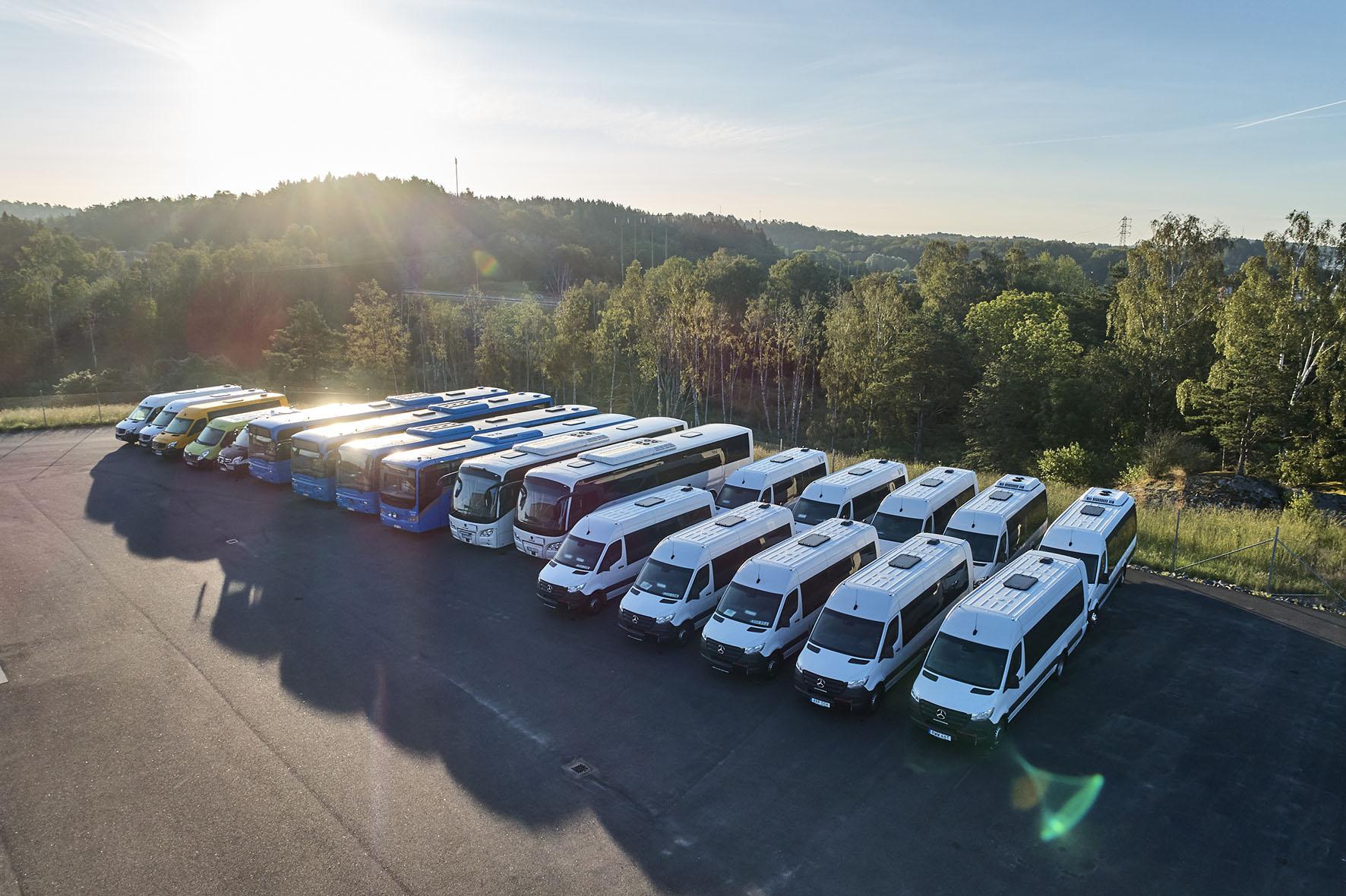 Inbyten-buss-export-bussar-på-rad